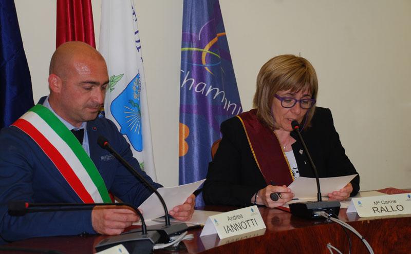 Signatura de l'acord d'agermanament entre Miglianico i Sant Esteve Sesrovires